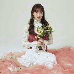 Kpop Girl Groups, Kpop Girls, G Friend, Red Velvet, Flower Girl Dresses, Wedding Dresses, Asian Beauty, Cute, Idol