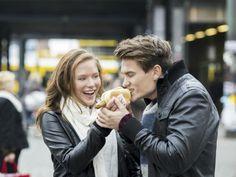 Las parejas felices tienden a engordar.