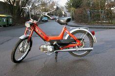 Mijn eigen bij elkaar gespaarde brommer. Motorbikes, Mopeds, Motorcycles, Youth, Nostalgia, Biking, Biking, Motorcycle, Motorcycle