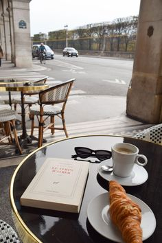 Rue de Rivoli Cafe Breakfast Croissant Coffee France Morning Routine Paris Brunch Self Care Brunch, Vegan Croissant, Breakfast Croissant, Breakfast In Paris, Coffee And Books, Coffee Cafe, Coffee Pics, Coffee Enema, Coffee Time