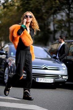Paris – Elina Halimi. Photo © Wayne Tippetts