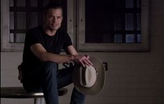 Timothy Olyphant Scores Critics Choice Nomination for Justified - Timothy Olyphant