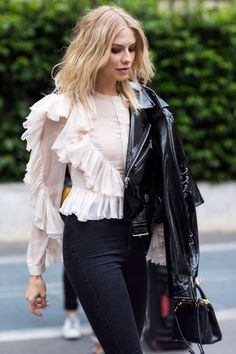e0b378283a2 Paris Fashion Week Street Style  Ruffle blouse with long sleeves, patent  leather jacket, black skinny jeans, and mini bag. - Total Street Style  Looks And ...