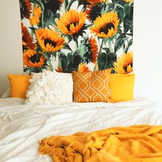 Load image into Gallery viewer, Summer Flower Tapestry - Tapestry Girls Bedroom Themes, Bedroom Decor, Bedroom Ideas, Modern Bedroom, Contemporary Bedroom, Master Bedroom, Bedroom Inspo, Bedroom Designs, Bedroom Romantic