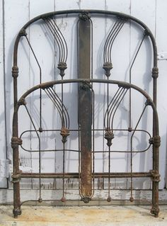 """Never before seen Deco """"Art Panel"""" twin. Very detailed floral basket castings. Bedroom Bed, Bedrooms, Vintage Bed Frame, Antique Iron Beds, Iron Headboard, Multipurpose Room, Panel Art, Dracula, Wrought Iron"""