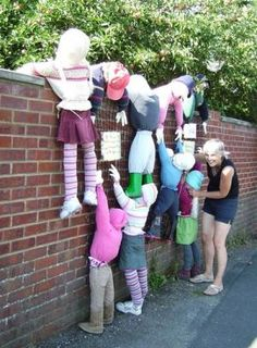 Hayling Island Scarecrow Festival, UK - All For Garden Holidays Halloween, Halloween Decorations, Scarecrows For Garden, Scarecrow Festival, Recycled Garden Art, Apple Festival, Fairy Doors, Outdoor Art, Yard Art