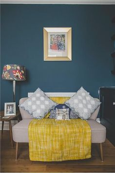 An inspirational image from Farrow and Ball. Hague Blue No 30. Source Alison Dodds. I'm warming to yellow.....