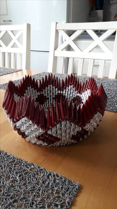 Hobbies And Crafts, Arts And Crafts, Recycled Plastic Bags, 3d Origami, Kos, Decorative Bowls, Recycling, Handmade, Paper Envelopes