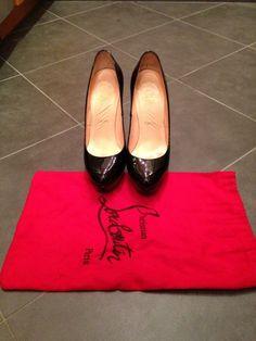 Own a pair of Christian Louboutin heels. Christian Louboutin Shoes Sale, Louboutin Shoes Women, Discount Online Shopping, Designer Heels, Shoe Boots, Shoes Heels, Pumps, Fashion Shoes, Fashion Outfits