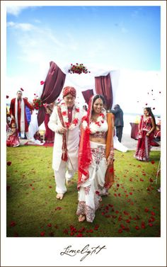 Asian Wedding, Hindu Wedding, Limelight Photography, Sandpearl Resort, Bride and Groom, www.stepintothelimelight.com