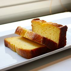 Starbucks Iced Lemon Pound Cake - Make your favorite Restaurant & Starbucks recipes at home with Replica Recipes! Cakes To Make, Just Cakes, How To Make Cake, Starbucks Lemon Pound Cake, Iced Lemon Pound Cake, Cupcakes, Cupcake Cakes, Cake Pops, Pound Cake Recipes