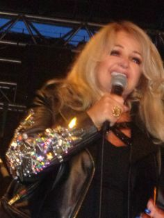 #bonnietyler #concert #france #harleydavidson #eurofestival #rock #portgrimaud #HD #sttropez  ALL RIGHTS RESERVED THE QUEEN BONNIE TYLER  Ask to take the photo!!!  http://www.the-queen-bonnie-tyler.com/