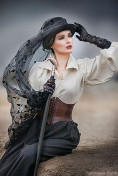 Steampunk. Fashion and fairytale photos by Russian photographer Elena Triapitcyna.