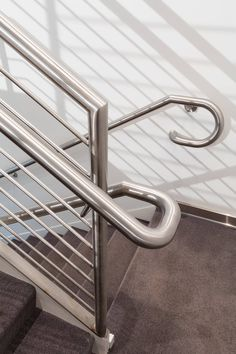 Steel Stair Railing, Steel Stairs, Staircase Railings, Railing Design, Staircase Design, Cantilever Stairs, Living Room Partition, Stainless Steel Railing, Grill Design
