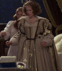 """Geraldine Chaplin in """"The Three Musketeers"""" Baroque Fashion, Vintage Fashion, Women's Fashion, Milady De Winter, Musketeer Costume, Best Costume Design, The Three Musketeers, Beautiful Costumes, Costume Collection"""