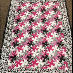twister quilt | stuff for the girls / Classic Barbie, lil' twister quilt