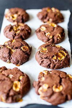 Vegan Chocolate Marshmallow Cookies