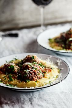 A Classic - Meatballs Baked in Tomato Sauce on Polenta. Make it an easy meal with Food Merchants' Polenta. Italian Recipes, Beef Recipes, Cooking Recipes, Healthy Recipes, Polenta Recipes, I Love Food, Good Food, Yummy Food, Tasty