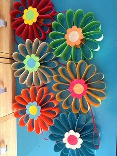 Paper Flower Backdrop Giant Paper Flowers Diy Flowers Quilling Diy Paper Paper Crafts Paper Art Diy Arts And Crafts Diy Crafts Paper Flowers Craft, Flower Crafts, Diy Flowers, How To Make Paper Flowers, Flowers Decoration, Home Decoration, Origami Flowers, Large Flowers, Design Page