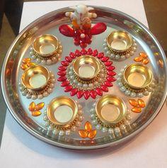 Kumkum thali Arti Thali Decoration, Thali Decoration Ideas, Diy Diwali Decorations, Festival Decorations, Flower Decorations, Diwali Craft, Diwali Diy, Diwali Lamps, Janmashtami Decoration