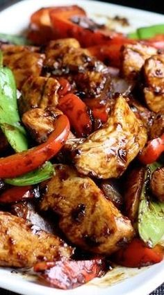 Stir-Fried Chicken with Chinese Garlic Sauce ~ Delicious! Stir-Fried Chicken with Chinese Garlic Sauce ~ Delicious! Wok Recipes, Easy Asian Recipes, Turkey Recipes, Cooking Recipes, Healthy Recipes, Ethnic Recipes, Recipies, Vegetarian Recipes, Game Recipes