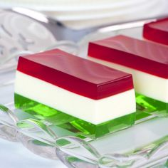 Christmas Jello Shots! My family needs to try this variation of the Christmas jello salad! N