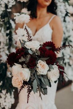 burgundy wedding 47 Fabulous Fall Wedding Color Trends Ideas To Have, Popular Wedding Colors, Fall Wedding Colors, Popular Colors, Winter Wedding Ideas, Winter Wedding Flowers, Burgundy Wedding Flowers, Fall Wedding Themes, November Wedding Colors, Indian Wedding Flowers