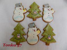 Christmas Ornaments, Holiday Decor, Home Decor, Xmas Ornaments, Christmas Jewelry, Christmas Ornament, Interior Design, Christmas Decorations, Home Interiors