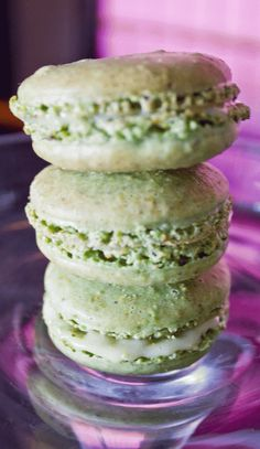Pistachio Macaroons by The Sweet Divine    www.thesweetdivine.com