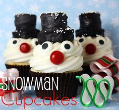 Snowman cupcakes - 20 Cute and Sweet Christmas Cupcakes
