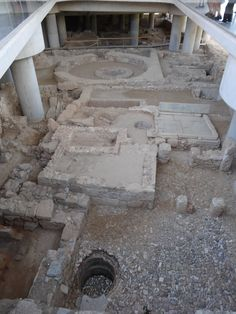 Excavations below the Acropolis Museum
