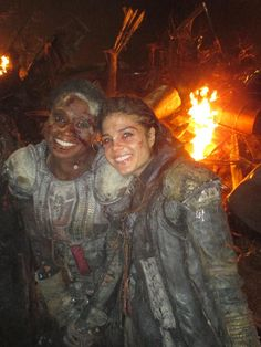 Adina Porter and Marie Avgeropoulos    The 100 cast behind the scenes    Indra and Octavia Blake