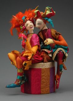 Magpie Artworks: dolls and cloth friends Petunias, Circus Crafts, 3d Figures, Send In The Clowns, Paperclay, Origami, Soft Dolls, Soft Sculpture, Whimsical Art