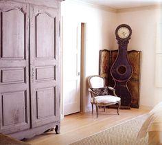 Vintage Furniture And Old World Charm On Pinterest Vintage Furniture