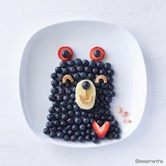 Oct 2019 - Food Art is so much fun and kids love it. See more ideas about Food art, Food and Kids meals. Strawberry Recipes, Fruit Recipes, Baby Food Recipes, Strawberry Place, Recipes Dinner, Chicken Recipes, Cute Food, Good Food, Yummy Food