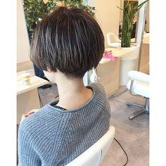 Tomboy Hairstyles, Short Bob Hairstyles, Pretty Hairstyles, Pelo Ulzzang, Ulzzang Hair, Girl Short Hair, Short Hair Cuts, Pixie Cut Color, Androgynous Haircut