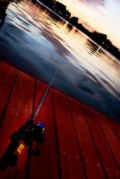 Don\'t EVER lay you rod down.  It will get pulled in even by the smallest.fish.  It does make for a good pic.