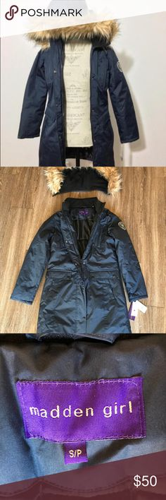 Madden girl  Small navy blue parka jacket coat Juniors faux fur trim small Madden Girl Jackets & Coats