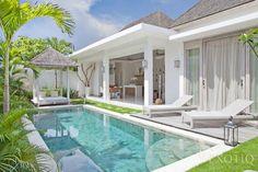 Here is a great opportunity to own an eco friendly villa in Seminyak, one of Bali's premier tourist locations. Villa Design, House Design, Small Backyard Pools, Swimming Pools Backyard, Bali Style Home, Bungalow, Small Villa, Villa Pool, Casa Loft