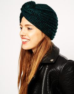 20 Stylish Fall Hats That Don't Look Like You're Hiding A Bad Hair Day