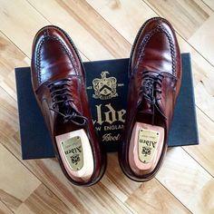 """Reposting @ref1016: ... """"− コメントいれる前にpostして放置状態でした… − 所有するALDENで唯一のカーフです コードバンに負けず劣らず気に入ってます − #ALDEN#オールデン#925#ダークブラウン#置き画#置き画クラブ#靴磨き#Ref革靴"""" Shoes"""