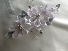 Hair Comb White Silver Kanzashi Flowers with by LihiniCreations