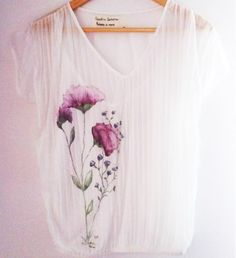 Pleated Chiffon Blouse by Laladiva.2013.Hand painted. http://complementoslaladiva.com/