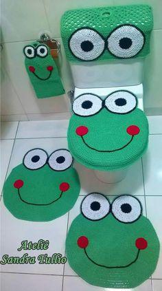 Best 12 Crochet Animal Rugs by Ira Rott Giveaway on Moogly Crochet Bear, Cute Crochet, Crochet Animals, Diy Crochet Patterns, Beading Patterns Free, Easy Halloween Crafts, Fun Crafts, Kids Toilet, Animal Rug