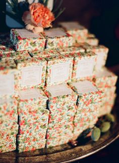 jasmine tea soap favors- just an example of a pretty way to display soap favors (or any favor really)