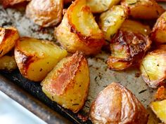 Crispy roasted potatoes: important information for a happy life.