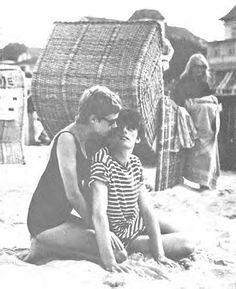 Astrid Kircherr and Stuart Sutcliffe