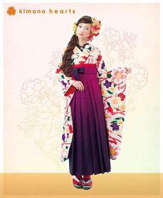 Yukata Kimono, Kimono Outfit, Kimono Fabric, Kimono Fashion, Fashion Art, Japanese Costume, Japanese Kimono, Traditional Kimono, Traditional Dresses