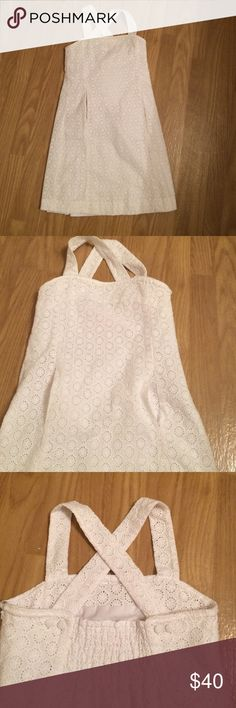 White Lilly Pulitzer eyelet dress Lilly Pulitzer dress • eyelet design • convertible straps • front pockets • size 8 • 10/10 excellent condition • same or next day shipping Lilly Pulitzer Dresses