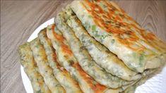 Hľadáte sýte jedlo, ktoré pripravíte za lacný peniaz? Vyskúšajte tieto delikátne cibuľové placky. Len pár surovín a máte fantastický obed, alebo večeru pre celú rodinu! Zucchini, Food And Drink, Pizza, Bread, Vegetables, Cakes, Youtube, Recipes, Basket